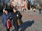 Населението в България продължава да намалява