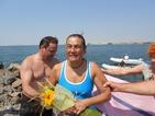 Жена, прекарала тежък инсулт, преплува 2600 метра в морето