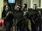 56 полицаи са ранени след поредната нощ на насилие в Белфаст