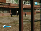 Боядисват и ремонтират пространствата около столичните училища