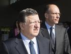 """Викове """"убийци"""" посрещнаха Барозу и Енрико Лета на Лампедуза"""
