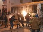 Протестиращите влязоха в сблъсъци с милицията в Киев