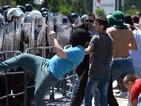 Десетки са ранени при протест в Скопие