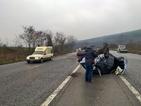 Кола се преобърна на пътя между Стара Загора и Казанлък