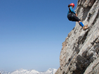 Британка на 101 години постави рекорд по спускане с въже