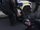 Осем полицаи бяха ранени по време на марш в Белфаст
