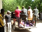 Най-малко 30 души загинаха при троен атентат в Нигерия