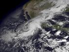 МВнР предупреждава: Не пътувайте към Мексико заради опасния ураган