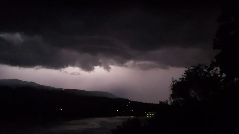 Буря над София-област - снимана от Панчарево