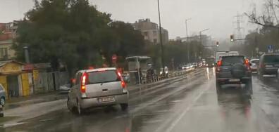 Околовръстен път - влизане в насрещното движение и завиване в забранена улица