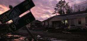 """УРАГАНЪТ """"МАЙКЪЛ"""": Две жертви и хиляди евакуирани (ВИДЕО+СНИМКИ)"""