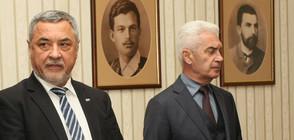 """""""Атака"""" сне доверието си от Симеонов и поиска оставката му"""