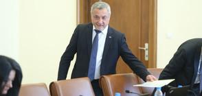 Валери Симеонов подаде оставка, Борисов я прие (ВИДЕО)