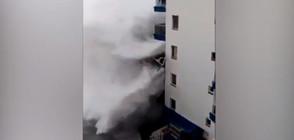 Огромни вълни отнесоха балкони в Тенерифе, евакуираха хора (ВИДЕО+СНИМКИ)