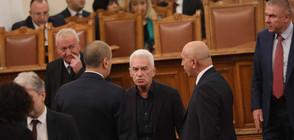 Продължителни дебати по оставката на Симеонов