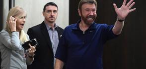 Чък Норис на посещение в Унгария, срещна се с премиера (ВИДЕО)