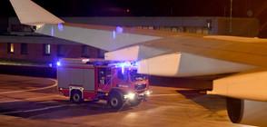 Самолетът на Ангела Меркел кацна аварийно заради технически проблем (ВИДЕО)