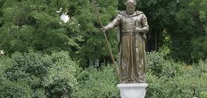 Очите на паметника на цар Самуил вече не светят