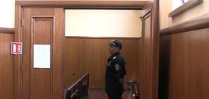 Задържан за огромния оръжеен арсенал иска да излезе от ареста