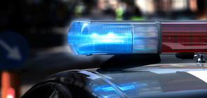 Ранен полицай след сблъсък с буйстващ пътник в автобус