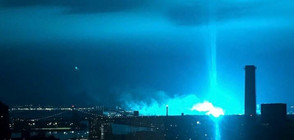 Синя светлина озари небето над Ню Йорк след взрив на трансформатор