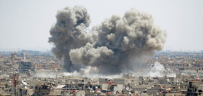 Джихадистите оказват яростна съпротива край границата с Ирак