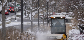 Отново снеговалежи и опасност от наводнения в САЩ
