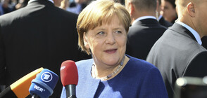 Меркел напълно подкрепя Юнкер срещу Орбан