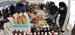Фермери представят продукцията си на пазар в София