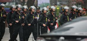 Най-доверените мъже и жени на севернокорейския режим също са в Ханой
