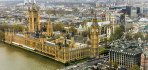 Евакуираха британския парламент заради опасност от пожар