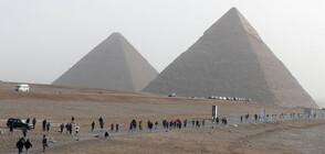 Историк твърди, че древен свитък може би съдържа тайните на пирамидите