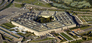 Пентагонът дава 1 млрд. долара за стената по границата с Мексико