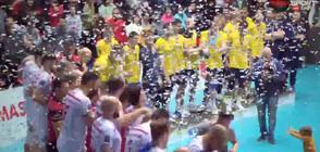"""Волейболният """"Нефтохимик"""" е шампион за трета поредна година"""