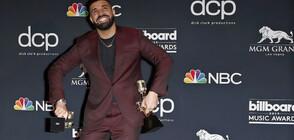 """Дрейк е големият победител на наградите на сп. """"Билборд"""" (ВИДЕО+СНИМКИ)"""