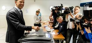 Премиерът на Холандия отиде да гласува на евроизборите с колело (СНИМКИ)