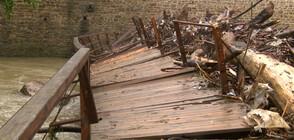 ПОРОИ В БЪЛГАРИЯ: Градушки, наводнения и евакуация на хора (ВИДЕО+СНИМКИ)