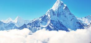 """Под Еверест започна работа """"най-високата"""" метеостанция на света (СНИМКА)"""