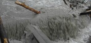 Наводнение в Котел, евакуираха обитатели на къщи