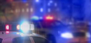 ПРИ ОПИТ ЗА АРЕСТ: Мъж влачи полицай с колата си, удари го в мантинела