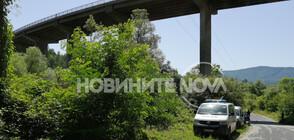 Доживотен затвор за мъжа, блъснал детето си от мост в Габрово