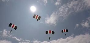Английски парашутисти показват майсторските си умения в небето над Радомир