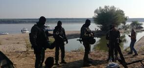Задържаха трафиканти на мигранти, докато са на банкет на остров в Дунав (ВИДЕО+СНИМКИ)
