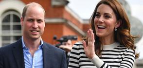Принц Уилям заведе семейството си в Шотландия с пътнически самолет (СНИМКИ)
