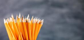 Мъж счупи 98 молива за една минута за рекорд на Гинес (ВИДЕО)