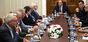 ИСТОРИЯ СРЕЩУ ЧЛЕНСТВО В ЕС: Румен Радев настоява за спешни мерки към Северна Македония