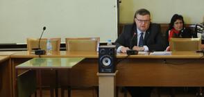 Цацаров: Полфрийман няма валидни документи за самоличност
