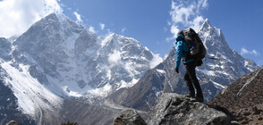 Непал и Китай ще измерят точната височина на връх Еверест