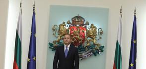 Радев награди с висши държавни отличия шестима изтъкнати българи (СНИМКИ)
