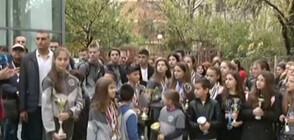Родители и деца на протест заради общински басейн (ВИДЕО)